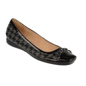 Naturalizer Houndstooth Pattern Shoes Size 7